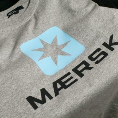 Термонаклейка на футболку размер А4 Голубая и черная пленка